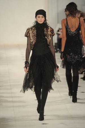 Показ Ralph Lauren коллекции сезона Осень-зима 2010-2011 года prêt-à-porter - www.elle.ru - Подиум - фото 147608