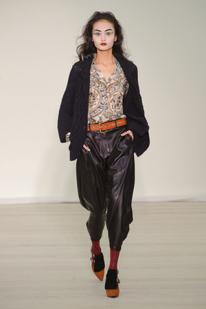 Показ Vivienne Westwood Red Label коллекции сезона Осень-зима 2013-2014 года Prêt-à-porter - www.elle.ru - Подиум - фото 502502