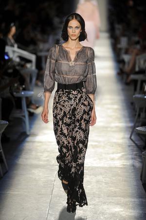 Показ  коллекции сезона Осень-зима 2012-2013 года Haute couture - www.elle.ru - Подиум - фото 403692
