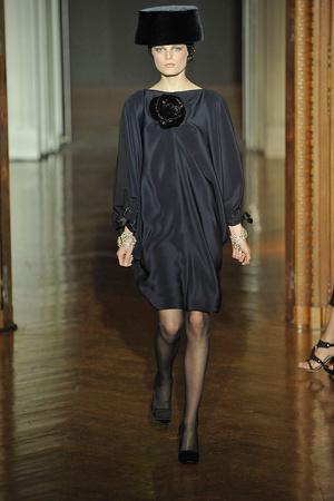 Показ Christian Lacroix коллекции сезона Осень-зима 2009-2010 года haute couture - www.elle.ru - Подиум - фото 87349