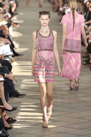 Показ Missoni коллекции сезона Весна-лето 2010 года prêt-à-porter - www.elle.ru - Подиум - фото 117096