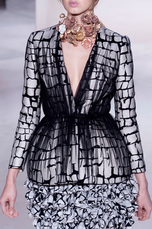 Показ Giambattista Valli коллекции сезона Весна-лето 2013 года haute couture - www.elle.ru - Подиум - фото 478477