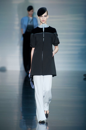 Показ Giorgio Armani Privé коллекции сезона Осень-зима 2012-2013 года haute couture - www.elle.ru - Подиум - фото 404189