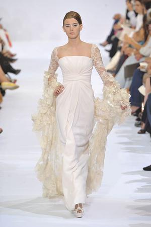Показ Elie Saab коллекции сезона Осень-зима 2009-2010 года haute couture - www.elle.ru - Подиум - фото 87530