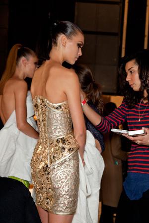 Показ Versace Haute Couture коллекции сезона Весна-лето 2012 года haute couture - www.elle.ru - Подиум - фото 331168