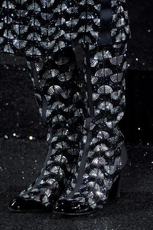 Показ  коллекции сезона Осень-зима 2011-2012 года Haute couture - www.elle.ru - Подиум - фото 278445