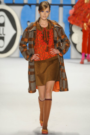Показ Anna Sui коллекции сезона Осень-зима 2012-2013 года Prêt-à-porter - www.elle.ru - Подиум - фото 348531