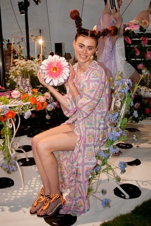 Показ Sophia Webster коллекции сезона Весна-лето 2014 года prêt-à-porter - www.elle.ru - Подиум - фото 563802