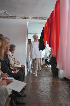 Показ Adeline Andre коллекции сезона Осень-зима 2009-2010 года Haute couture - www.elle.ru - Подиум - фото 87056