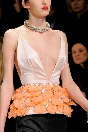Показ Christian Dior коллекции сезона Весна-лето 2013 года Haute couture - www.elle.ru - Подиум - фото 478279