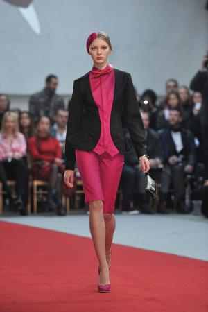 Показ Alexis Mabille коллекции сезона Весна-лето 2010 года haute couture - www.elle.ru - Подиум - фото 137908