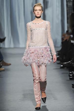 Показ  коллекции сезона Весна-лето 2011 года haute couture - www.elle.ru - Подиум - фото 215718