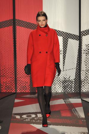 Показ DKNY коллекции сезона Осень-зима 2009-2010 года prêt-à-porter - www.elle.ru - Подиум - фото 90014