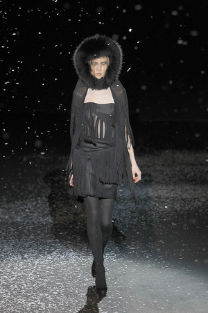 Показ Chapurin коллекции сезона Осень-зима 2010-2011 года prêt-à-porter - www.elle.ru - Подиум - фото 155874