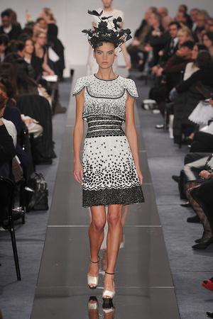 Показ  коллекции сезона Весна-лето 2009 года Haute couture - www.elle.ru - Подиум - фото 86343