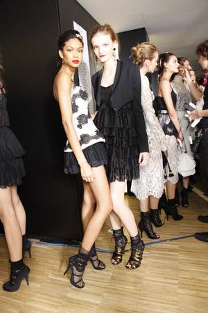 Показ Dolce & Gabbana коллекции сезона Весна-лето 2010 года Prêt-à-porter - www.elle.ru - Подиум - фото 117836