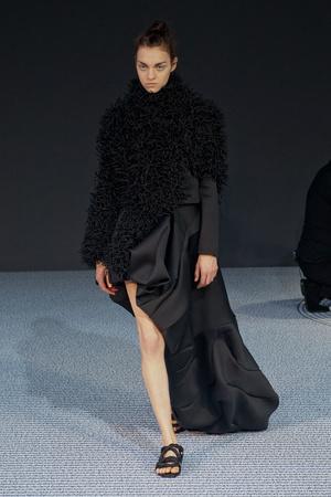 Показ Viktor & Rolf коллекции сезона Осень-зима 2013-2014 года Haute couture - www.elle.ru - Подиум - фото 556558