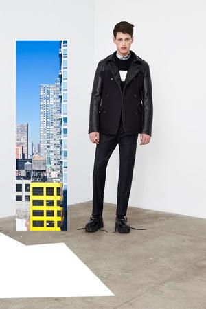 Показ DKNY Man коллекции сезона Осень-зима 2014-2015 года prêt-à-porter - www.elle.ru - Подиум - фото 575847