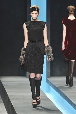 Показ Fendi коллекции сезона Осень-зима 2009-2010 года prêt-à-porter - www.elle.ru - Подиум - фото 95451