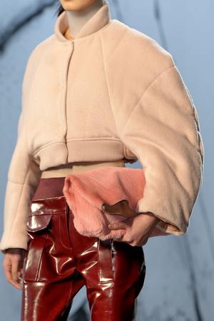 Показ Acne коллекции сезона Осень-зима 2012-2013 года prêt-à-porter - www.elle.ru - Подиум - фото 358164