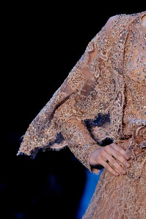Показ Elie Saab коллекции сезона Осень-зима 2011-2012 года haute couture - www.elle.ru - Подиум - фото 279285