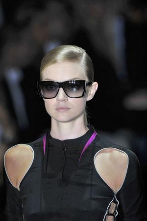 Показ Gucci коллекции сезона Весна-лето 2010 года prêt-à-porter - www.elle.ru - Подиум - фото 116573