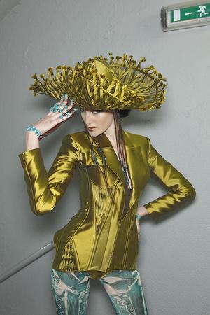 Показ Jean Paul Gaultier коллекции сезона Весна-лето 2010 года Haute couture - www.elle.ru - Подиум - фото 139091