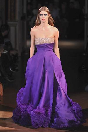 Показ Givenchy коллекции сезона Весна-лето 2010 года Haute couture - www.elle.ru - Подиум - фото 138534