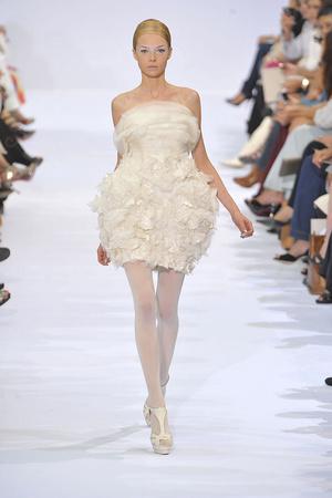 Показ Elie Saab коллекции сезона Осень-зима 2009-2010 года haute couture - www.elle.ru - Подиум - фото 87532