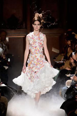 Показ Franc Sorbier коллекции сезона Весна-лето 2015 года haute couture - www.elle.ru - Подиум - фото 593398