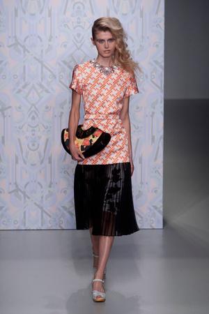 Показ Holly Fulton коллекции сезона Весна-лето 2014 года prêt-à-porter - www.elle.ru - Подиум - фото 561789