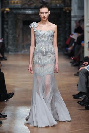 Показ Tony Ward коллекции сезона Весна-лето 2014 года haute couture - www.elle.ru - Подиум - фото 574399