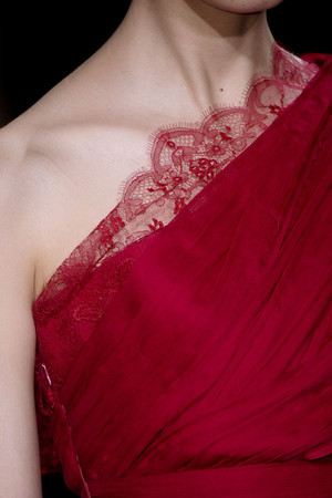 Показ Elie Saab коллекции сезона Весна-лето 2011 года Haute couture - www.elle.ru - Подиум - фото 216994