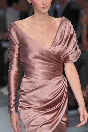 Показ Christophe Josse коллекции сезона Осень-зима 2009-2010 года Haute couture - www.elle.ru - Подиум - фото 87438