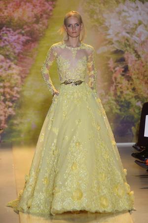 Показ Zuhair Murad коллекции сезона Весна-лето 2014 года haute couture - www.elle.ru - Подиум - фото 575373