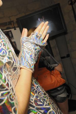 Показ Manish Arora коллекции сезона Весна-лето 2012 года prêt-à-porter - www.elle.ru - Подиум - фото 310100