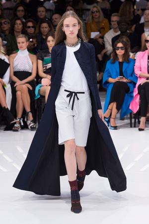 Показ Christian Dior коллекции сезона Весна-лето 2015 года prêt-à-porter - www.elle.ru - Подиум - фото 590872
