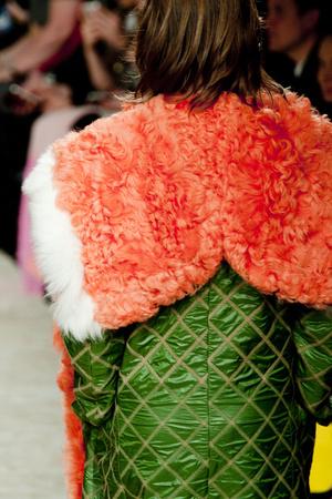 Показ House of Holland коллекции сезона Осень-зима 2013-2014 года Prêt-à-porter - www.elle.ru - Подиум - фото 503278
