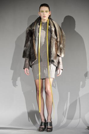 Показ Atelier Gustavo Lins коллекции сезона Весна-лето 2011 года haute couture - www.elle.ru - Подиум - фото 216130