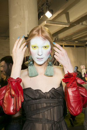 Показ Vivienne Westwood коллекции сезона Осень-зима 2013-2014 года Prêt-à-porter - www.elle.ru - Подиум - фото 551136