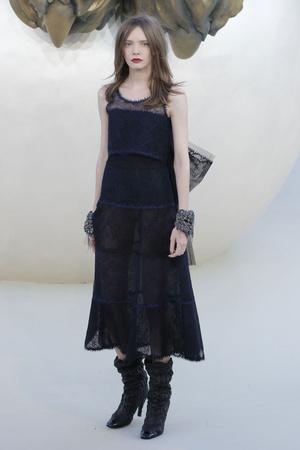 Показ  коллекции сезона Осень-зима 2010-2011 года haute couture - www.elle.ru - Подиум - фото 167899