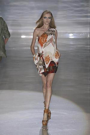 Показ Gucci коллекции сезона Весна-лето 2009 года Prêt-à-porter - www.elle.ru - Подиум - фото 82079