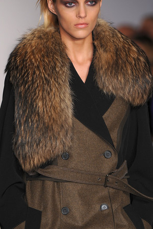Показ Derek Lam коллекции сезона Осень-зима 2009-2010 года Prêt-à-porter - www.elle.ru - Подиум - фото 89760
