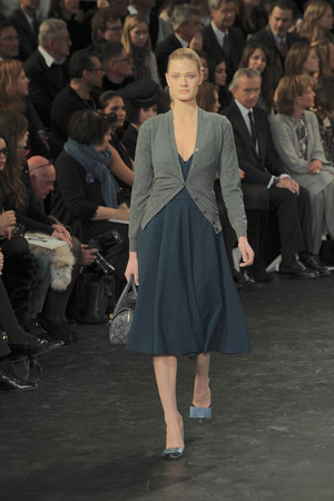 Показ Louis Vuitton коллекции сезона Осень-зима 2010-2011 года Prêt-à-porter - www.elle.ru - Подиум - фото 157455