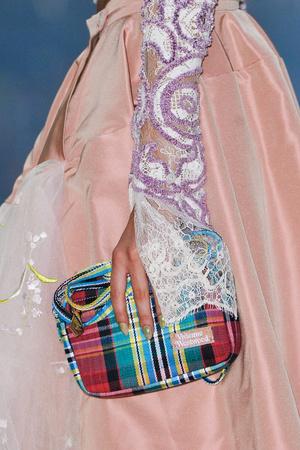 Показ Vivienne Westwood коллекции сезона Весна-лето 2014 года Prêt-à-porter - www.elle.ru - Подиум - фото 569299