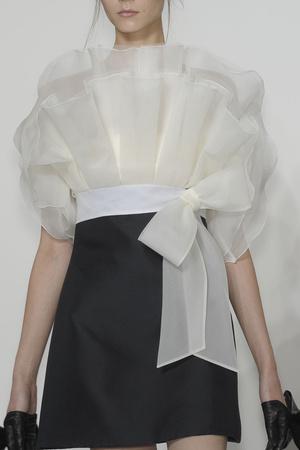 Показ Valentino коллекции сезона Осень-зима 2010-2011 года haute couture - www.elle.ru - Подиум - фото 168362