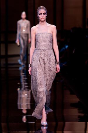 Показ Giorgio Armani Privé коллекции сезона Весна-лето 2014 года Haute couture - www.elle.ru - Подиум - фото 574946