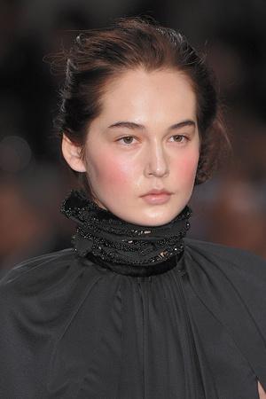 Показ Christophe Josse коллекции сезона Осень-зима 2009-2010 года Haute couture - www.elle.ru - Подиум - фото 87434