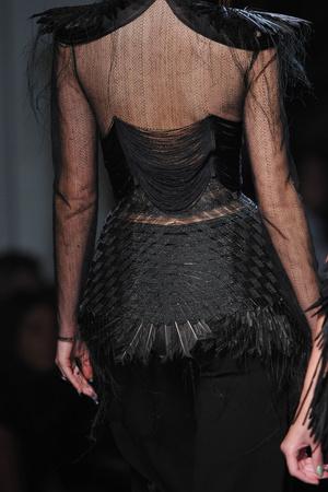 Показ Jean Paul Gaultier коллекции сезона Весна-лето 2010 года Haute couture - www.elle.ru - Подиум - фото 139088