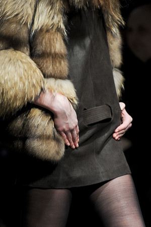 Показ Simonetta Ravizza коллекции сезона Осень-зима 2011-2012 года prêt-à-porter - www.elle.ru - Подиум - фото 257005